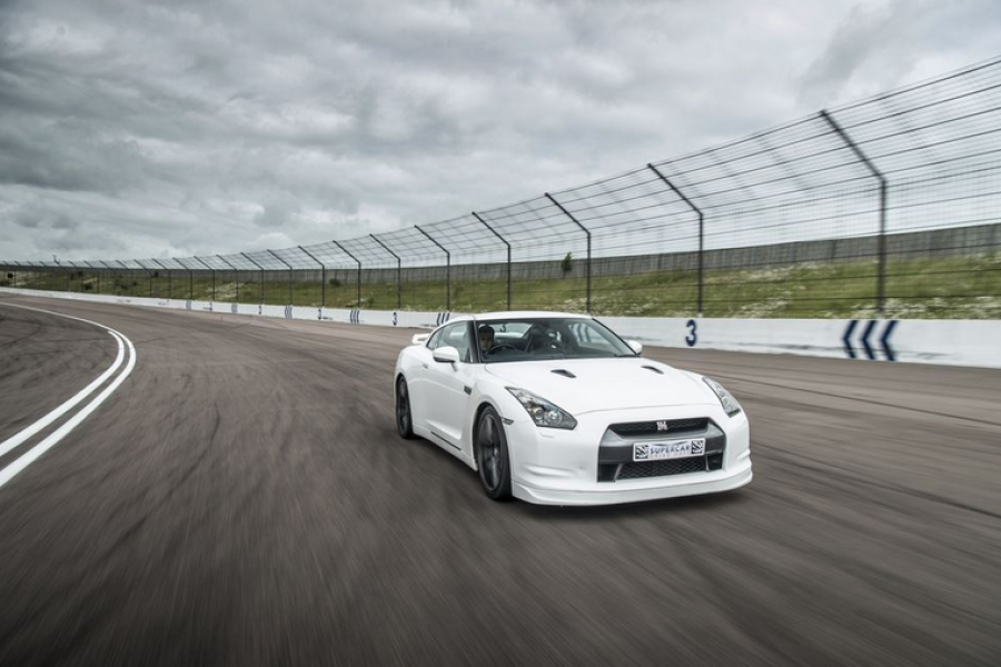 5 Supercar Driving Experience image