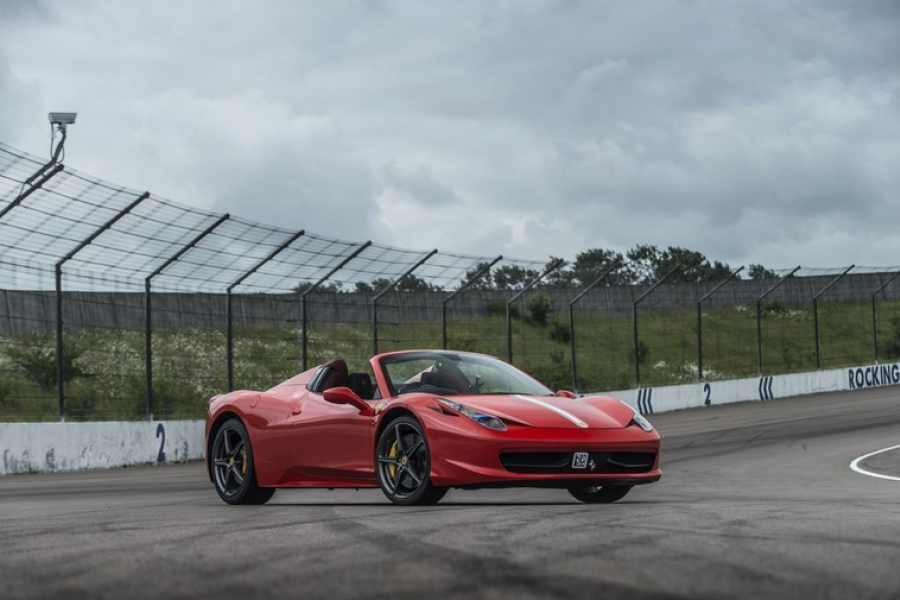 Ferrari 458 Spider Experience image