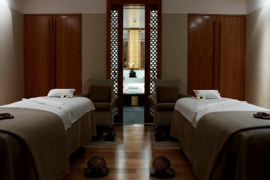 Luxury Spa Experience London image