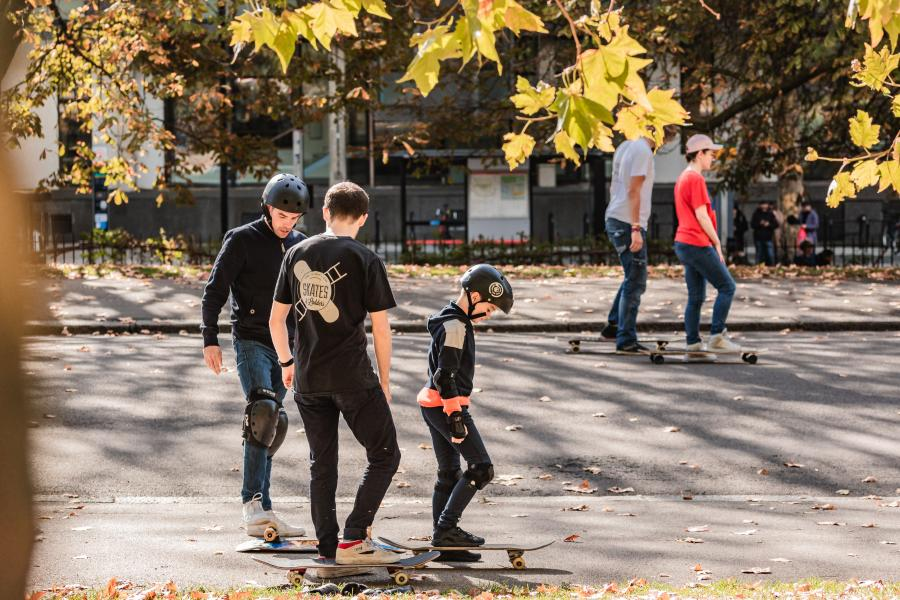 Skateboard Lesson London image